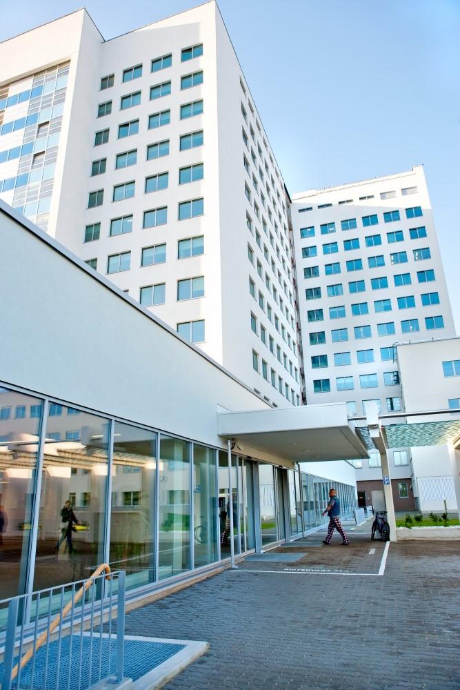 Региональная больница смягчает ограничения: с 9 июля можно посещать госпитализированных пациентов