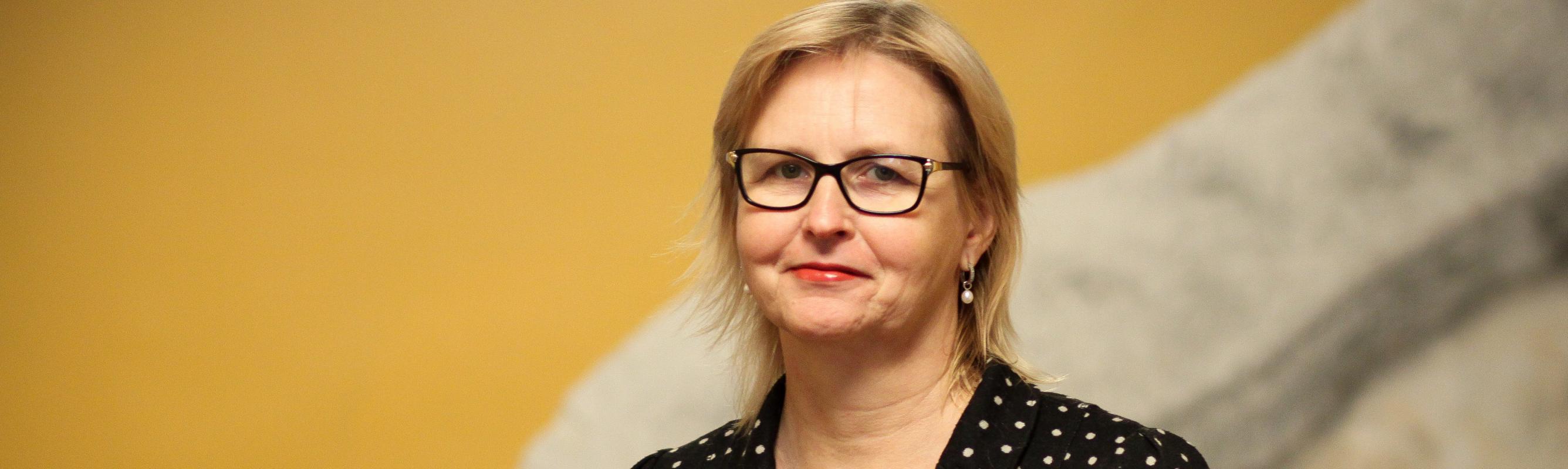 IX osakonna juhataja dr Erika Saluveer