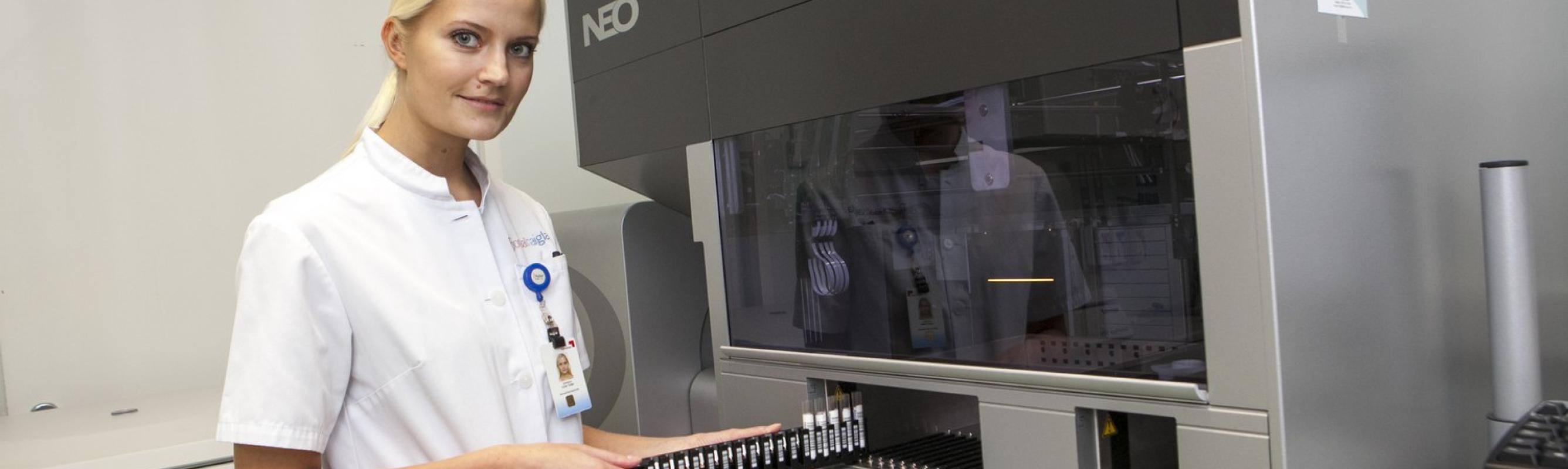 Veregruppe määratakse täisautomaatse seadmega, mis põhineb mikroplaadi meetodil