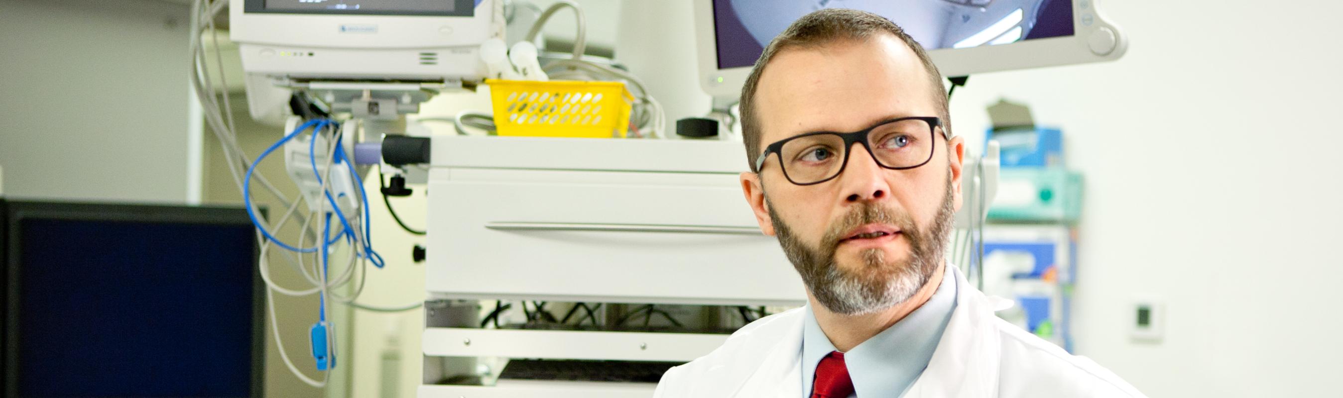 Dr Tiit Suuroja protseduuril