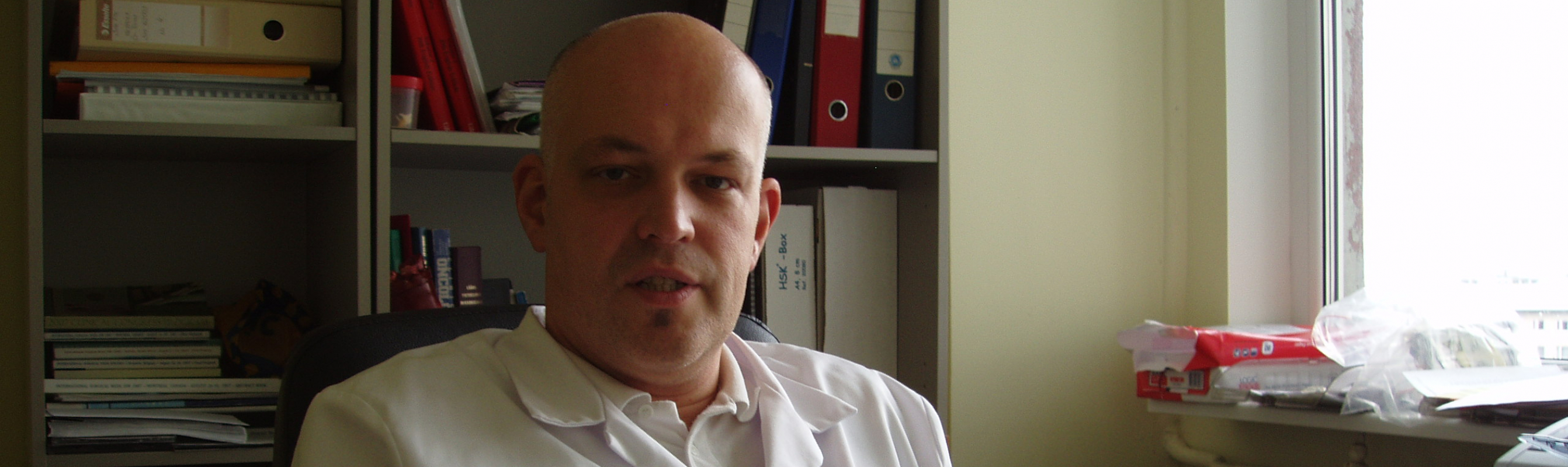 Keskuse juhataja ja Eesti Kirurgide Assotsiatsiooni esimees dr Jüri Teras