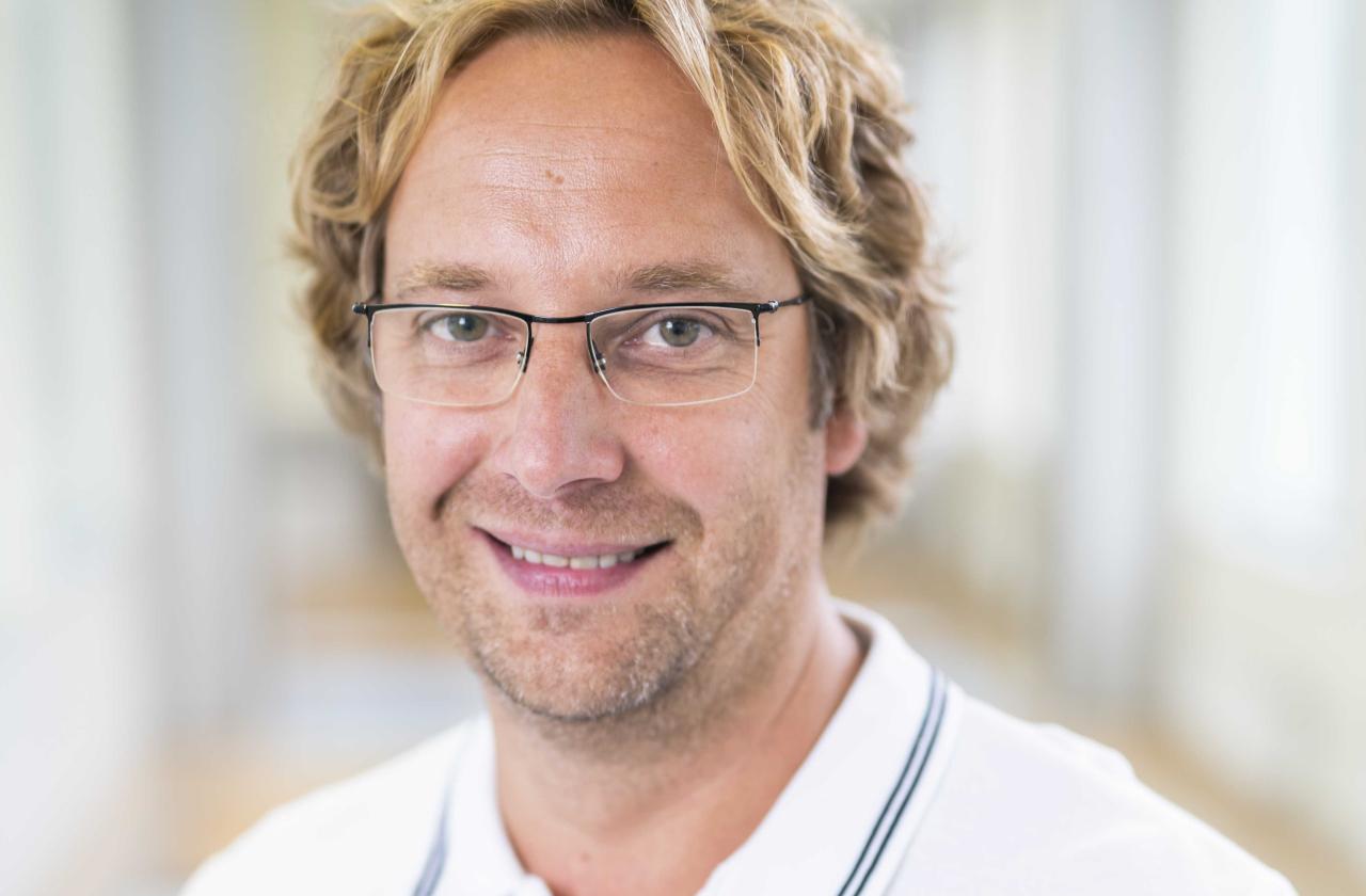 Dr Günter Taal