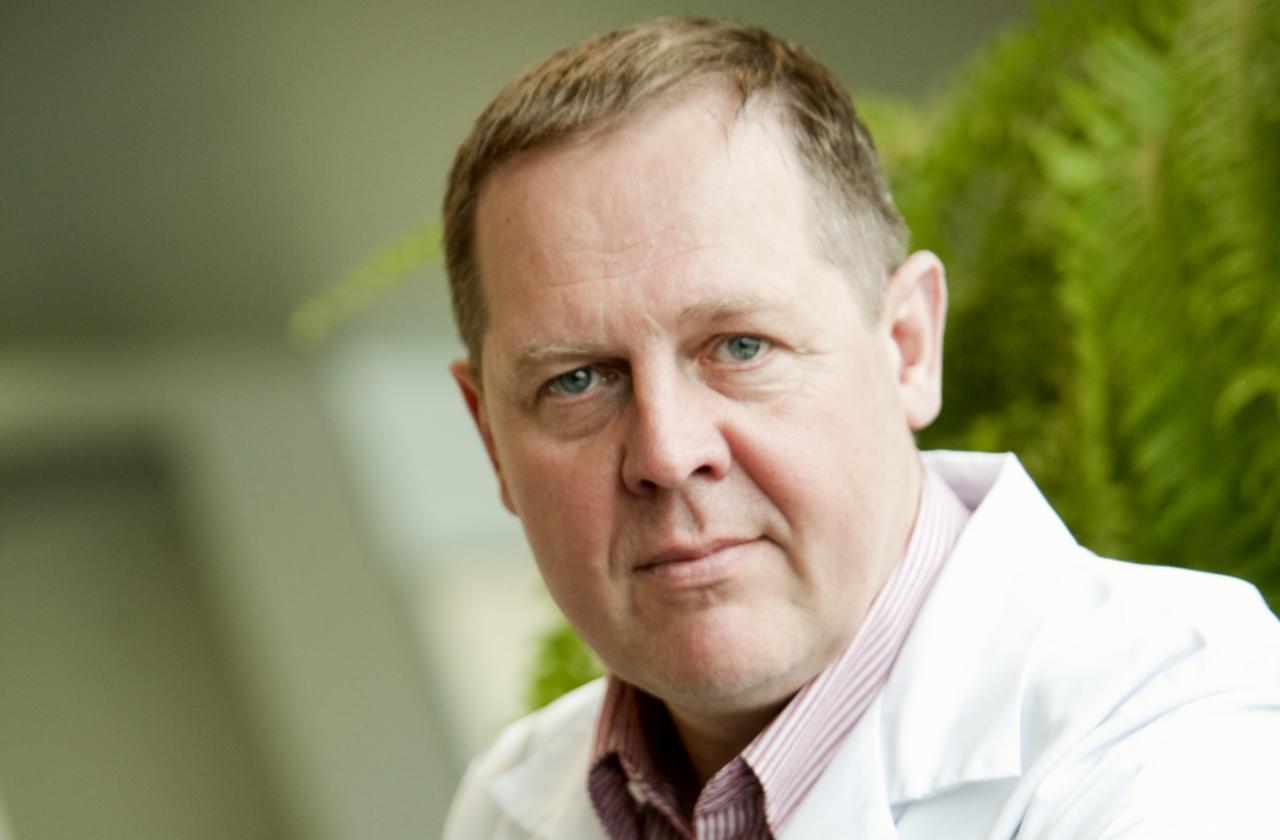 Dr Leonhard Kukk